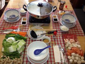 Hosting my parents with hot pot
